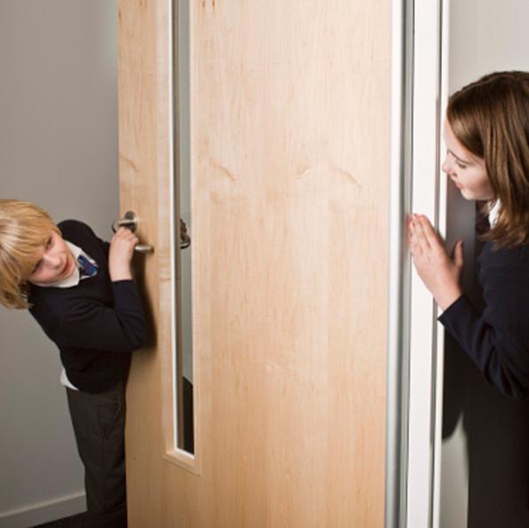 Smoke Under Door : Safe hinge ge door manufacturing